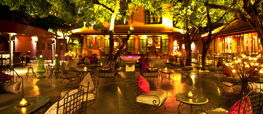 romanticThaiRestaurant